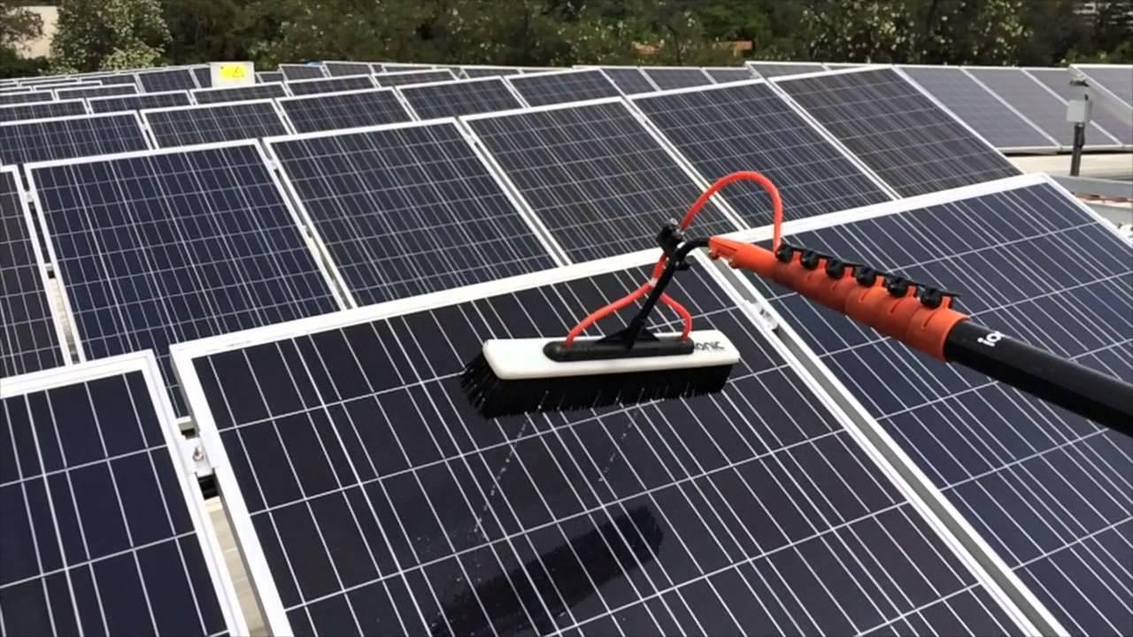 Limpieza paneles fotovoltaicos