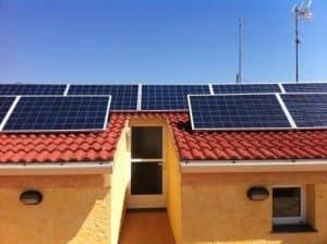Casa con fotovoltaica