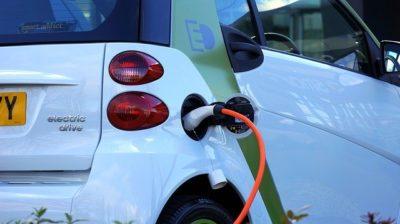 Carga de coches eléctricos compartidos