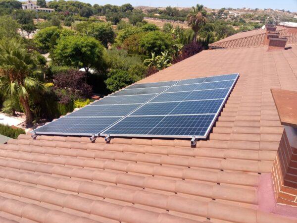 Placas solares para autoconsumo en vivienda