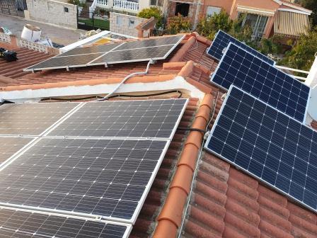 Instalación fotovoltaica de autoconsumo en vivienda
