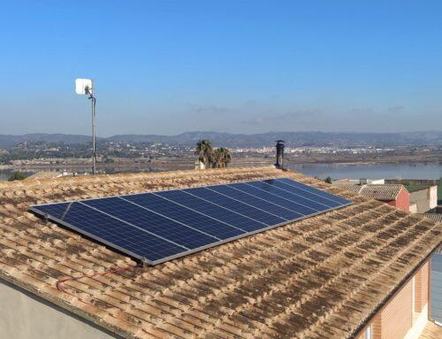 ¿Tu instalación de placas solares gratis?